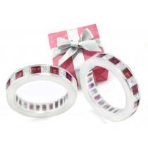 Fascinating: Princess-Cut Diamond & Ruby Eternity Ring in Platinum
