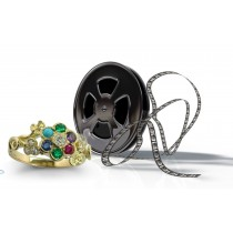 Special Estimates:Flower Ring set with 5 stones: sapphire, purpleamethyst, green emerald, ruby &white diamond
