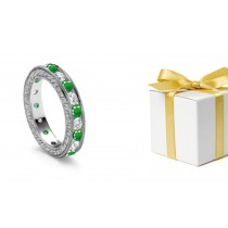 Stylish Classical: Antique Designer Round Diamond & Emerald Eternity Wedding Ring in Gold